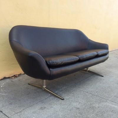 Overman Sofa